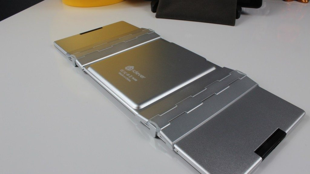 iClever Foldable Keyboard