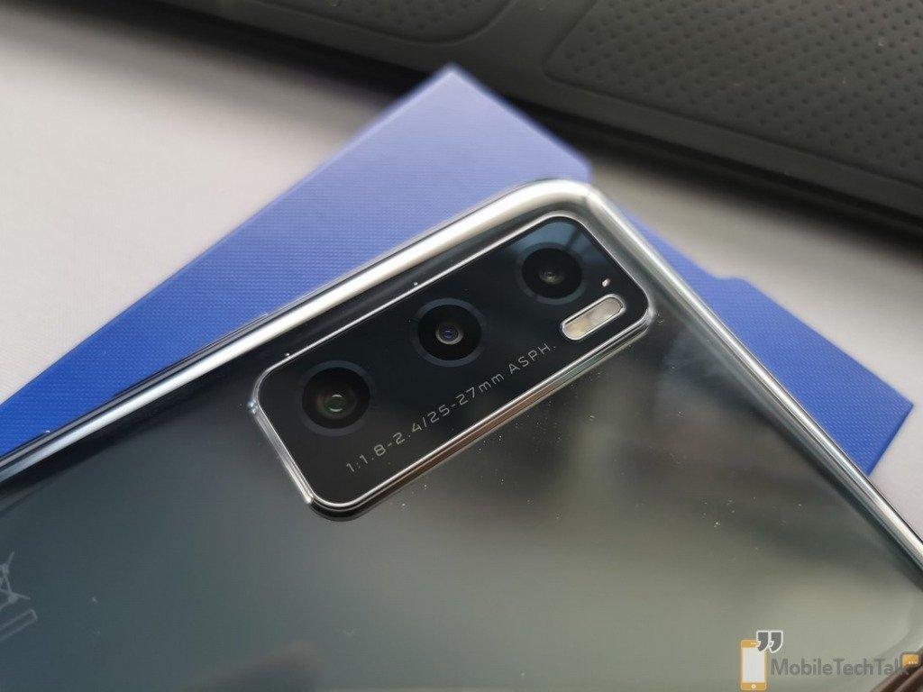 Vivo Y70 camera close up